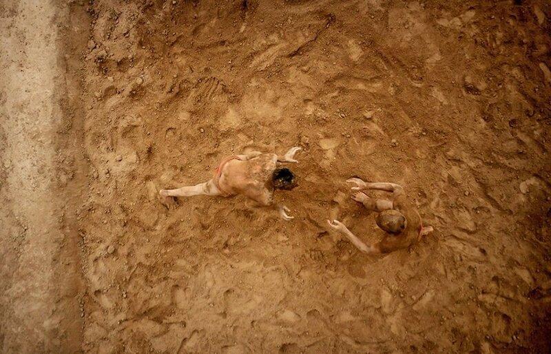 Традиционная борьба кошти (фото с помощью беспилотника)