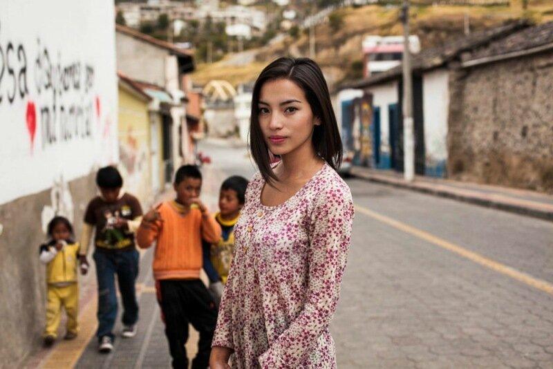 Михаэла Норок, «Атлас красоты»: 155 фотографий красивых женщин из 37 стран мира 0 1c6226 dceab5ba XL