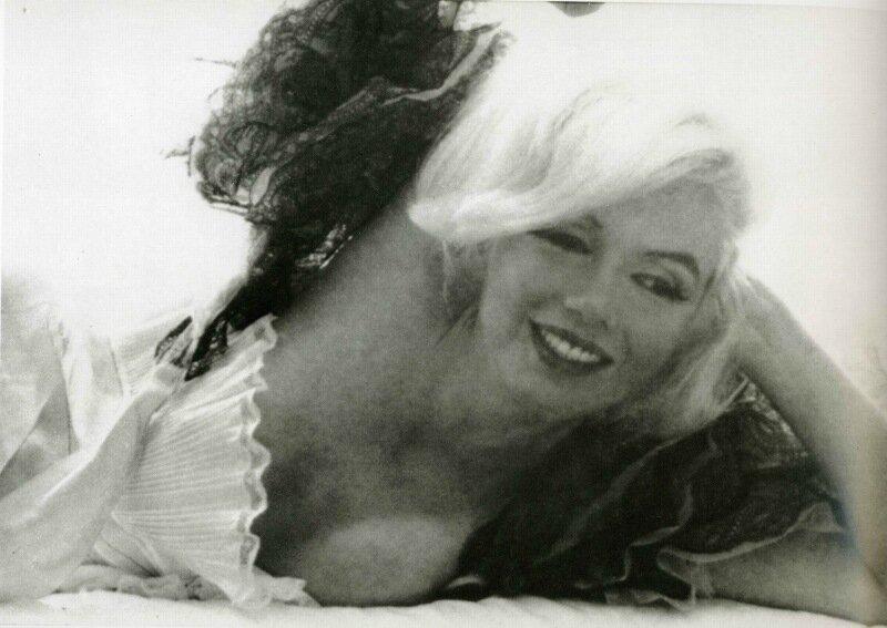 Marilyn Monroe - The Entire Bert Stern Photoshoot