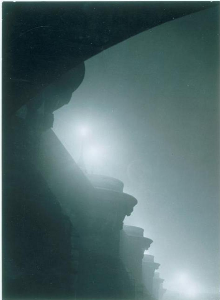 1932. Пон-Нёф, в тумане