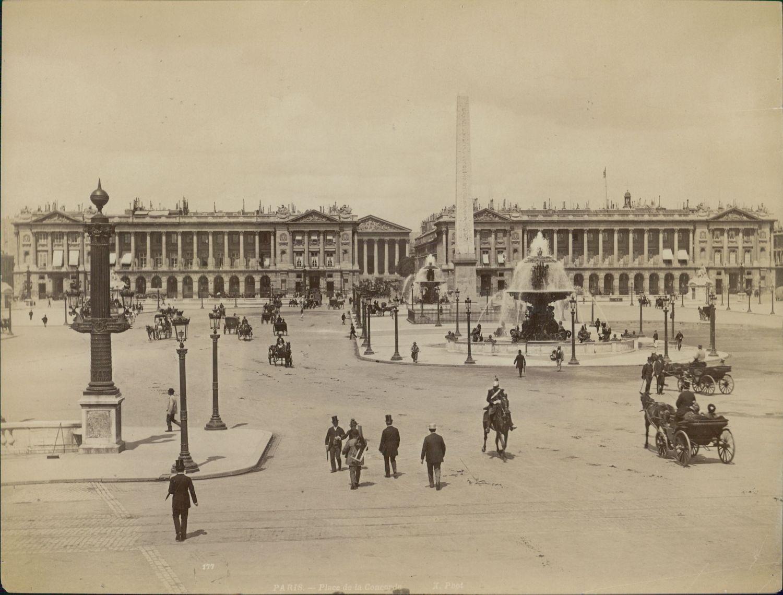 1889. Площадь Согласия