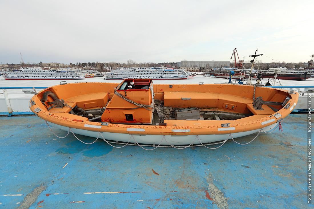 секретное фото теплоход Княжна Анастасия готовится к навигации