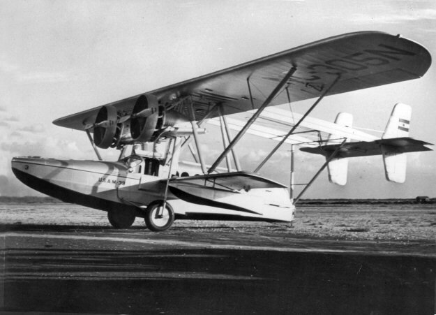 Inter-Island Airways  Sikorsky S-38C  NC305N (c_n  414-3), 1929.jpg