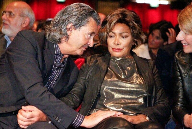 Певица Тина Тёрнер вышла замуж в 73 года