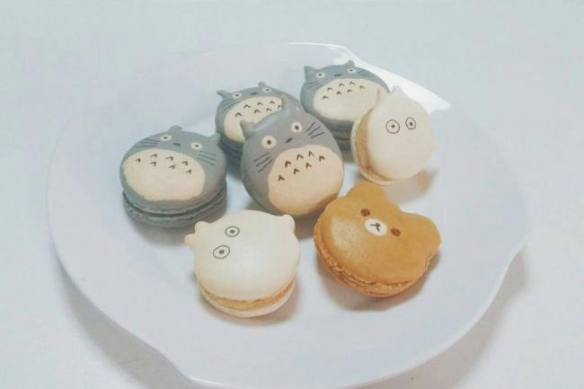 Торт ссахарными котятами