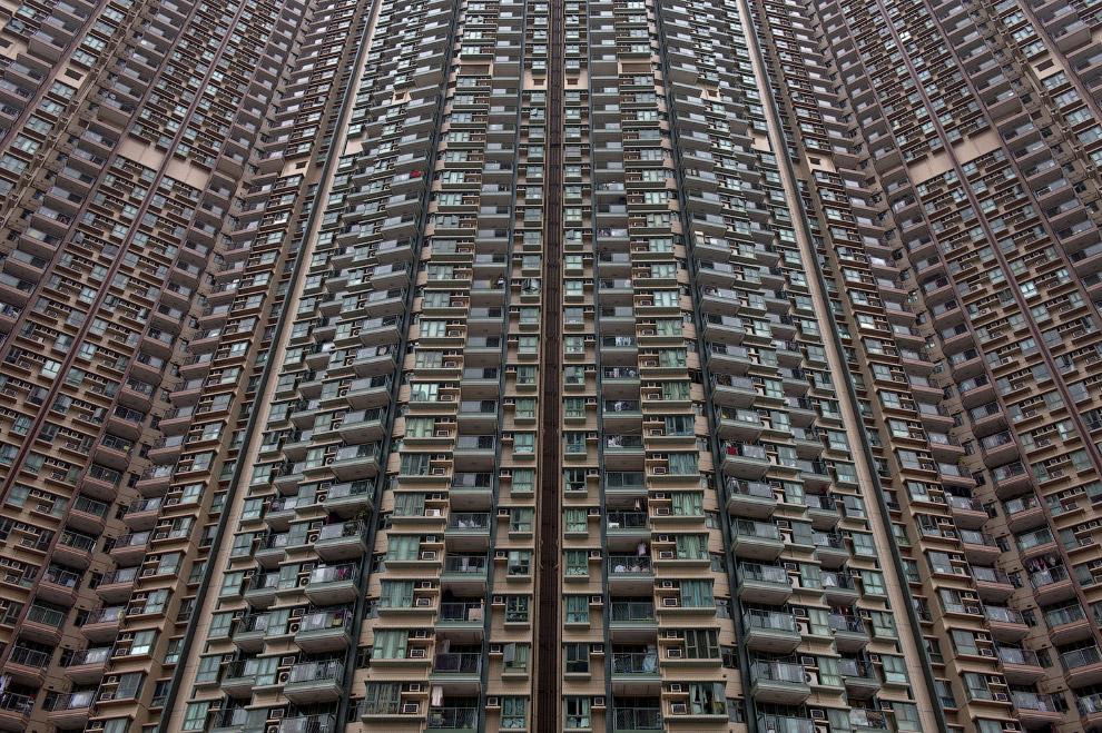 12. Многие жилые дома находятся в очень плохом состоянии. (Фото Matt Mawson):