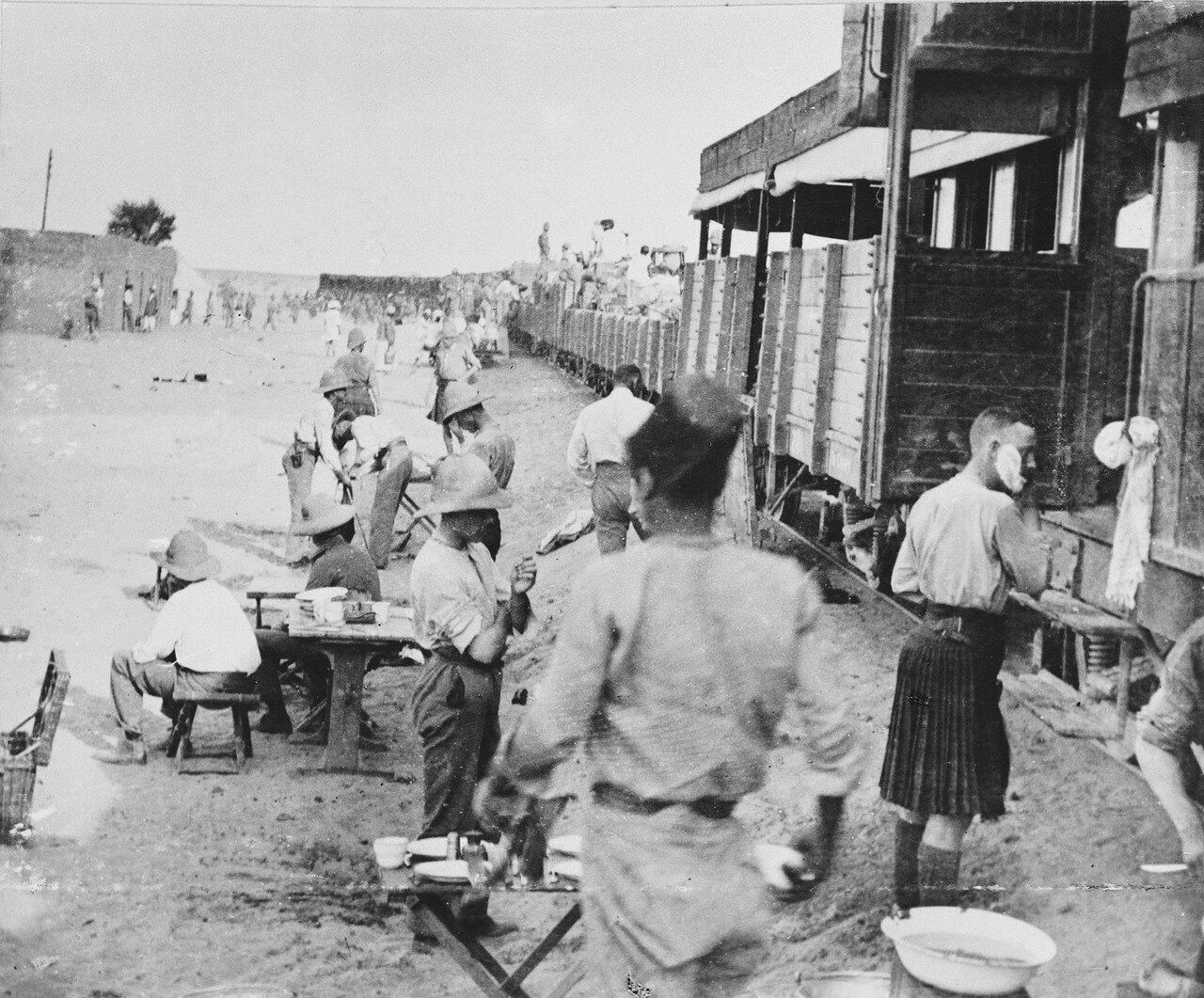 Время на оправку, пока поезд остановился в Абу-Хамеде. 14 сентября 1898 года