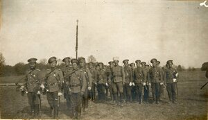 Казаки и офицеры 1-го Оренбургского казачьего Наследника Цесаревича полка.