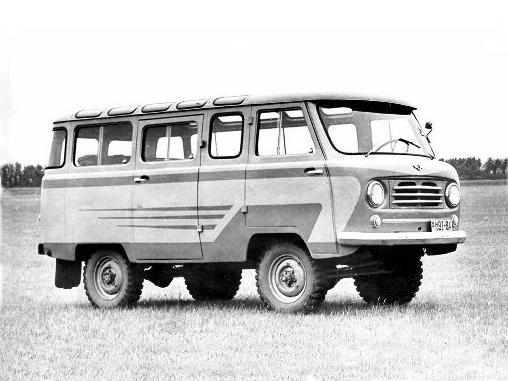 УАЗ-450В Опытный '1957 1.jpg