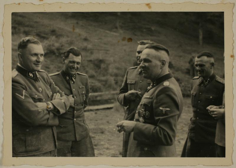 Добрая, тыловая, мирная...служба в концлагере уничтожения - Аушвиц. ( 70 фото ) RetrieveAsset (28).jpg