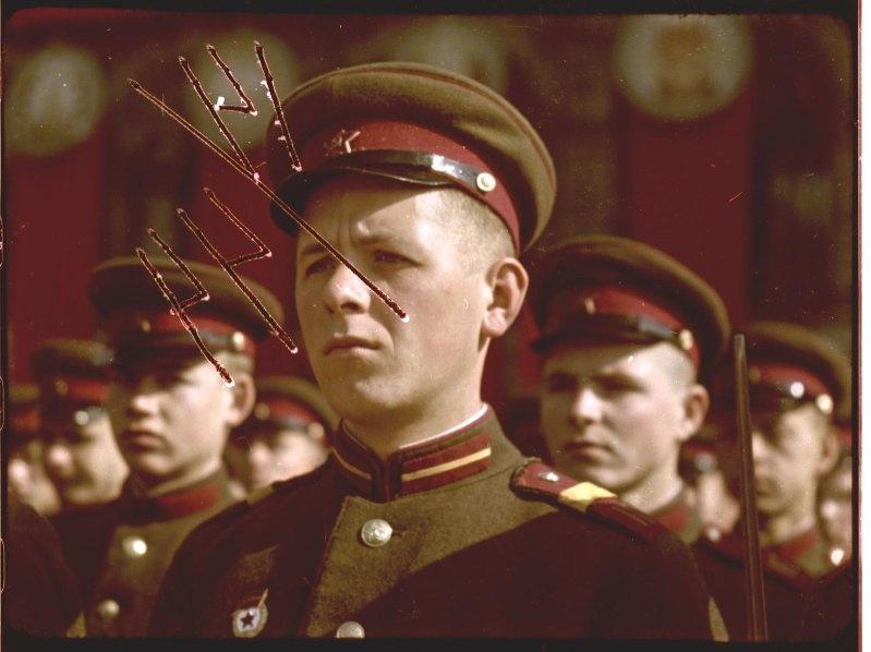 Первомайская демонстрация 1947 г. в Москве. Владислав Микоша19.jpg