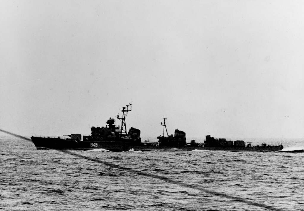 Soviet SKORYY Class Destroyer, photographed in the North Atlantic during late 1962.