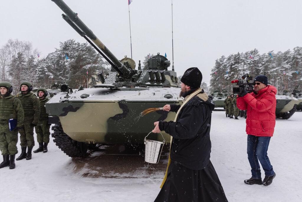 Передача новых БМД-4М и БТР-МДМ 104-му полку 76-й гвардейской дшд ВДВ. 06.02.18