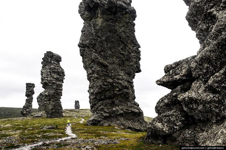 Фотографии и текст Славы Степанова   1. Попасть на плато Маньпупунёр можно разными способами. С