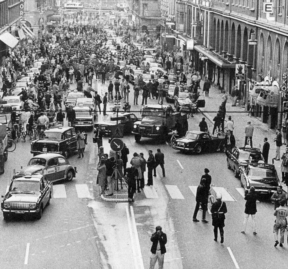 40. Первое утро после того, как Швеция перешла от левостороннего движения к правостороннему, 1967 го