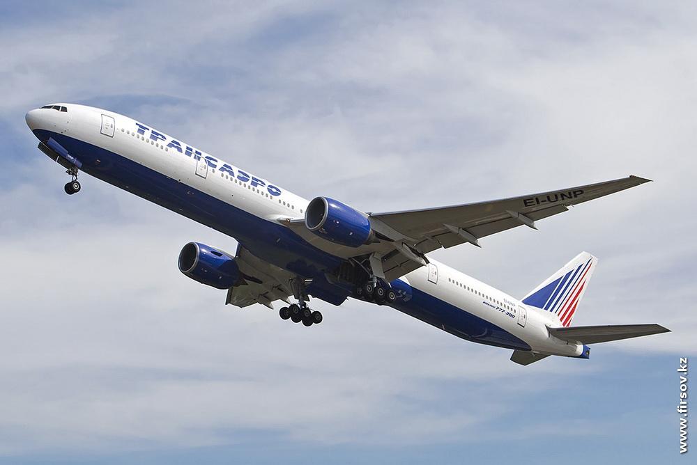 B-777_EI-UNP_Transaero_1_HKT.JPG