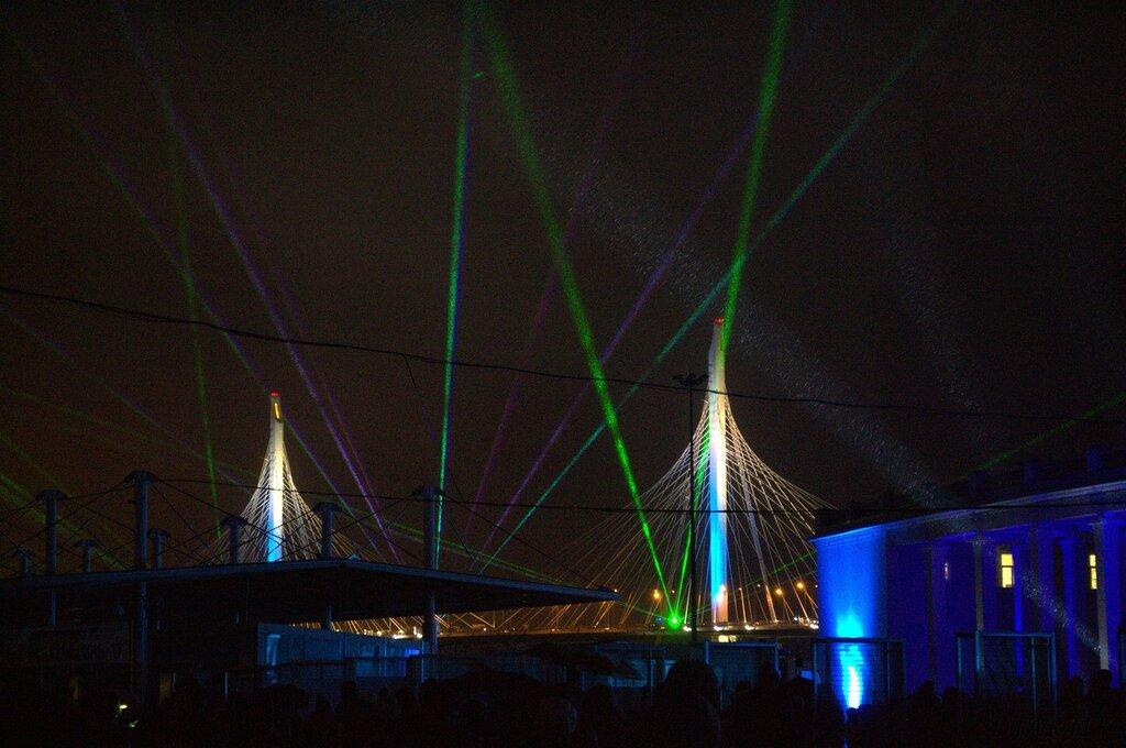 Фестиваль света на Крестовском