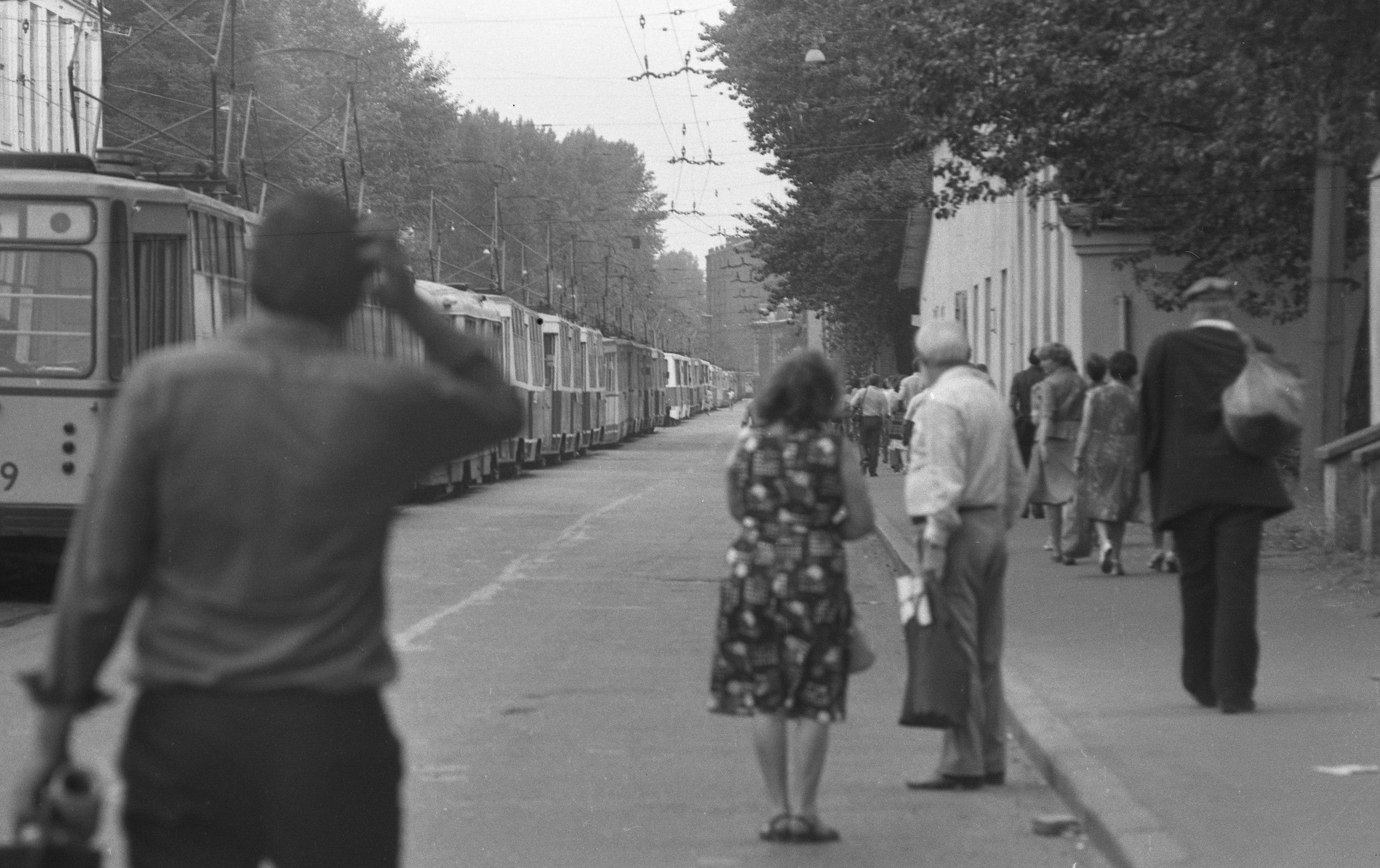 Когда встали трамваи. Кондратьевский проспект