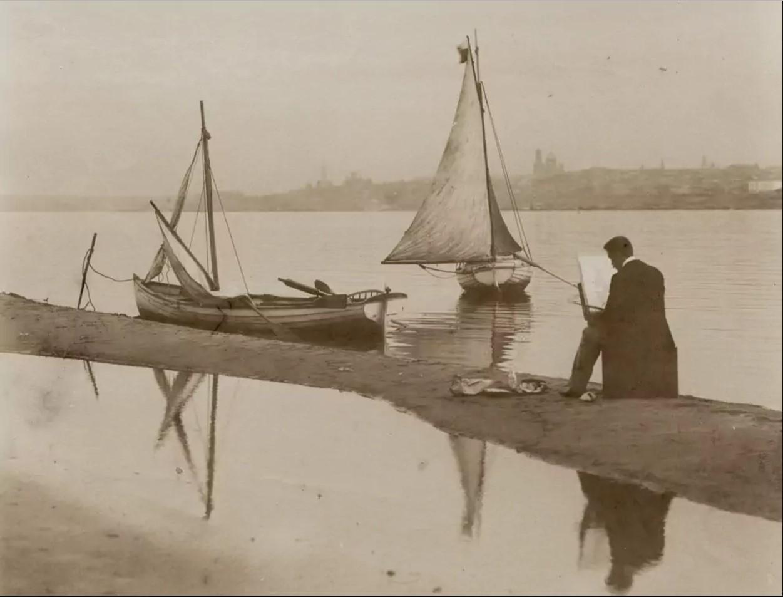 Константин Головкин пишет картину на другом берегу Волги