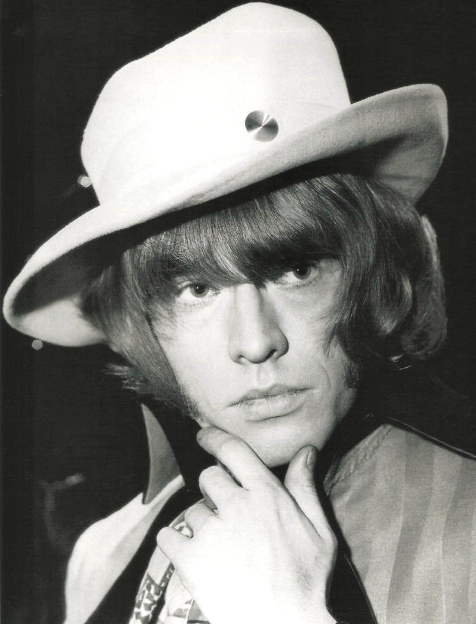 1967. Брайан Джонс