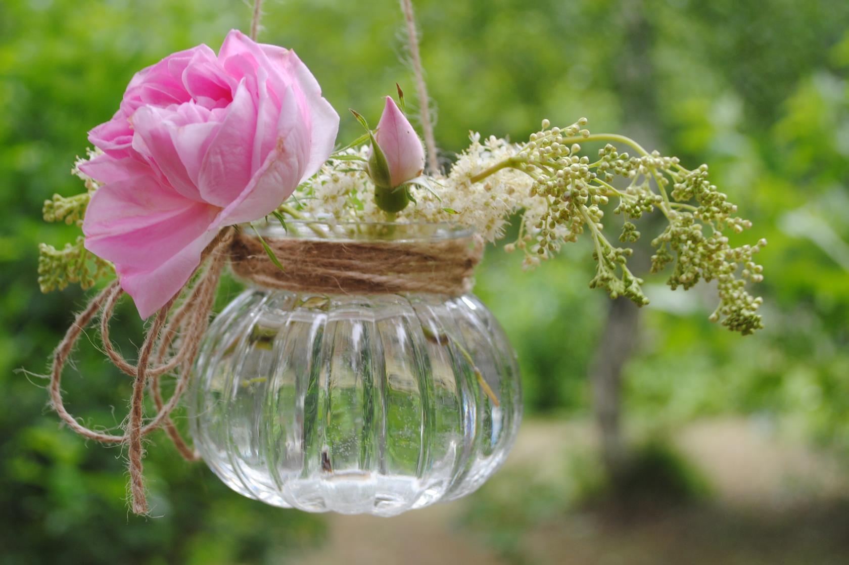 мини-букет с розой