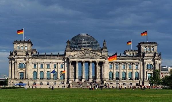 Школьники Нового Уренгоя зачитают биографии погибших солдат в Бундестаге