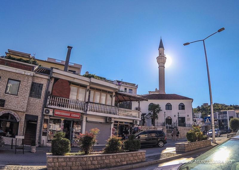 Ульцинь - самый мусульманский город Черногории