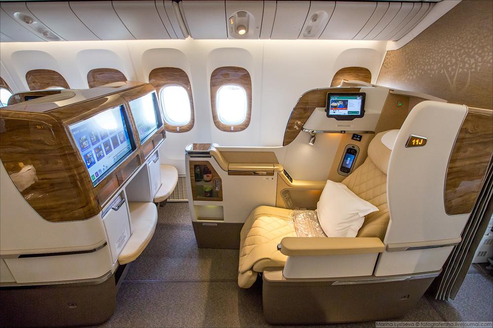 Emirates начала использовать новые салоны с 1 декабря на маршрутах из Дубая в Брюссель и Женеву.
