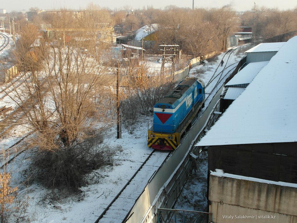 Поезд без прицепов, Алматы.
