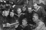 Политинформация в отсеке Щ-320, ноябрь 1941г.