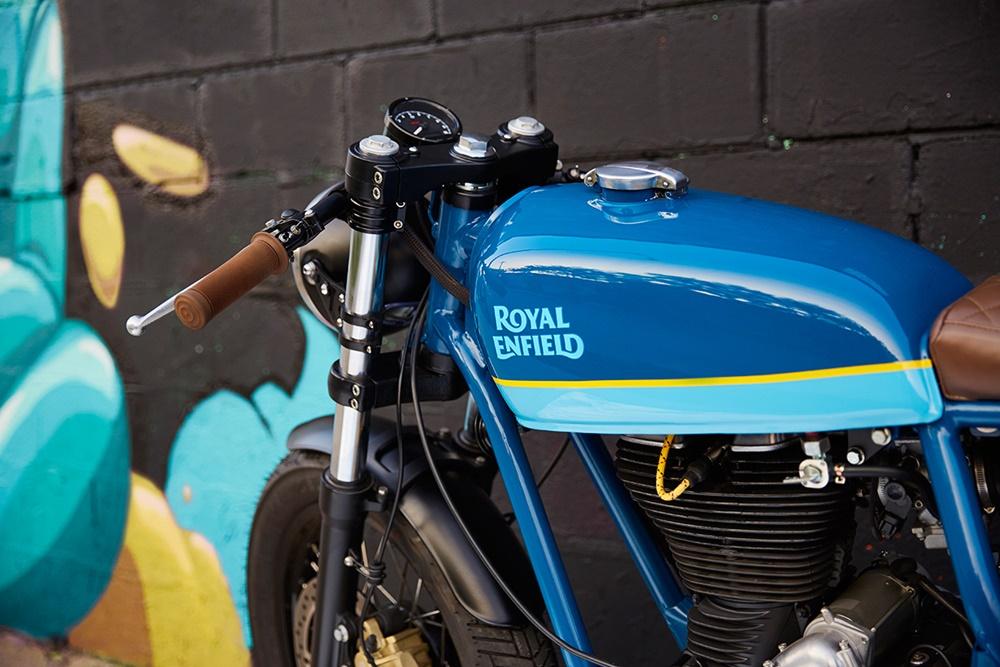 Federal Moto: кафе рейсер Royal Enfield
