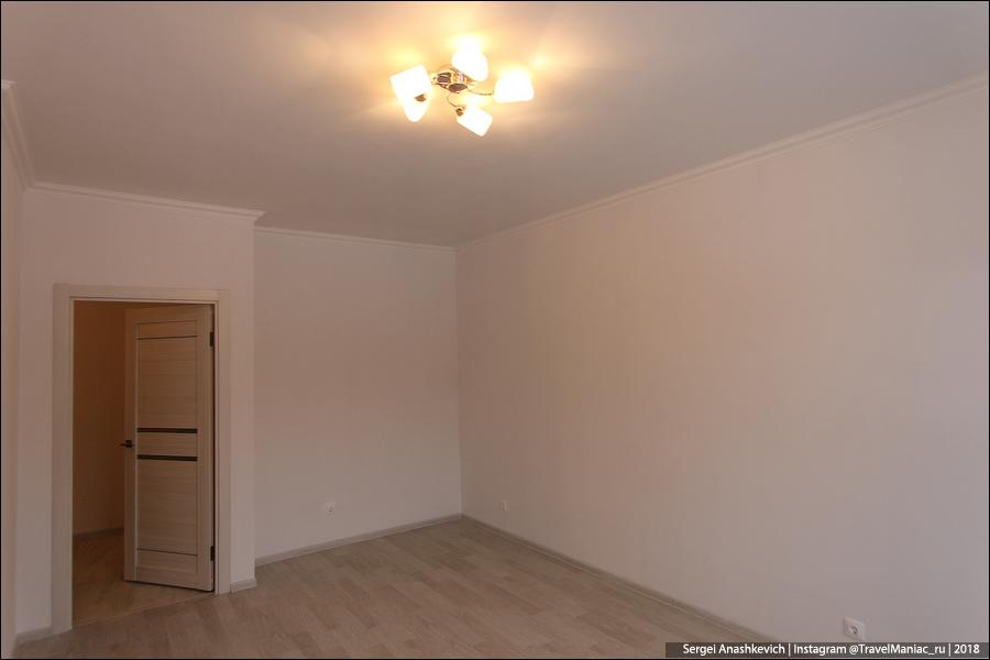 Готов первый дом по программе реновации. Как вам? выглядит, вместо, покраску, кафелем, Парковой, квартир, хрущевок, ремонт, стенах, людей, квартиры, Оперативно, совсем, аккуратная, отделка, крепежи, потолка, видны, стеклопакетов, стыки