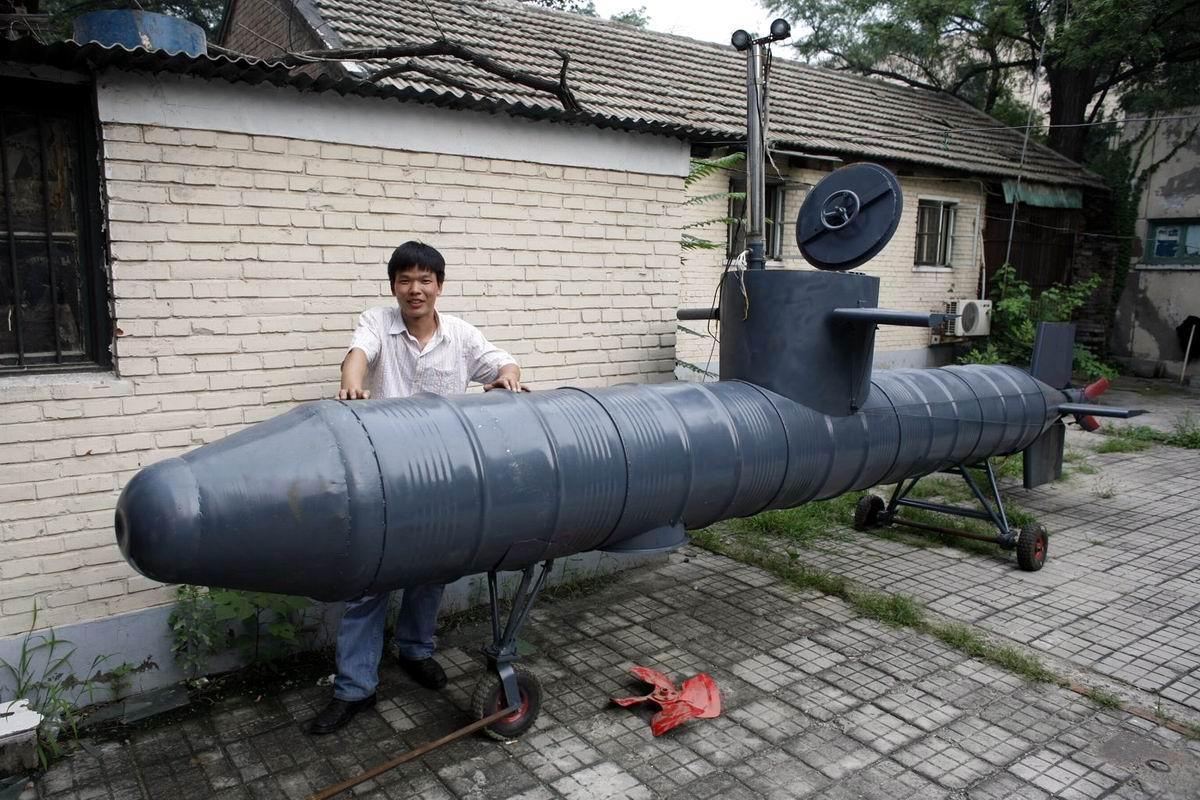 Перед погружением на глубину: Китайская самодельная подлодка из старых бочек