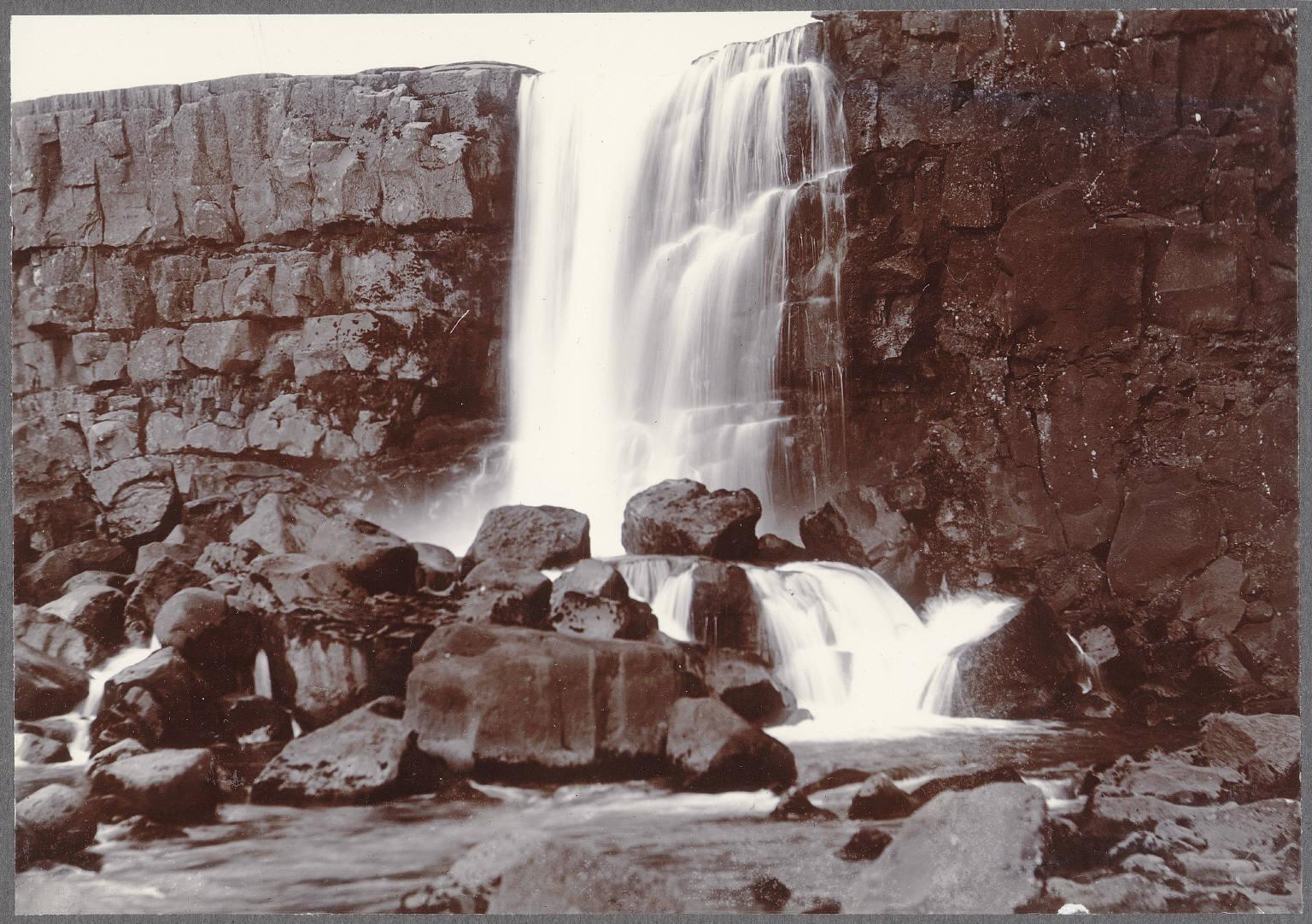 Эхсараурфосс, водопад на реке Эхсарау