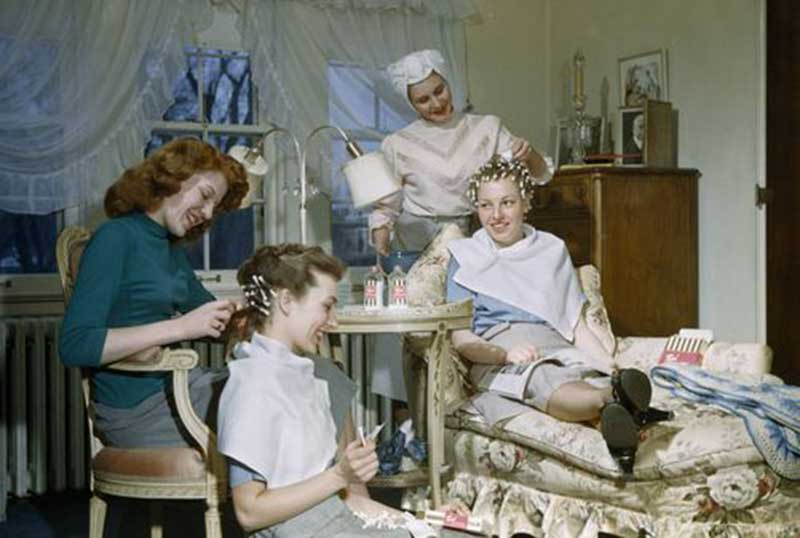 Permanent-wave-home-styling-at-home-circa-1940s-Saint-Paul-Minnesota-B-Anthony-Stewart.jpg