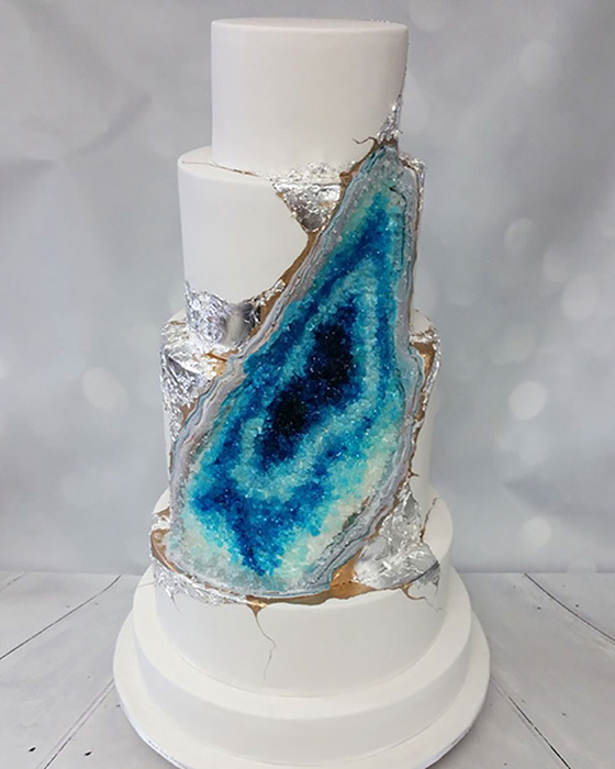 amethyst-geode-wedding-cake-trend-8.jpg