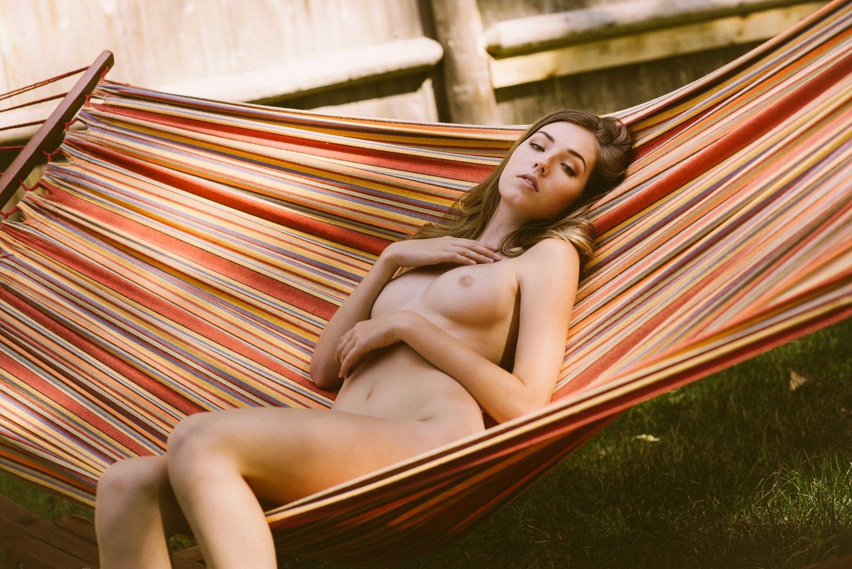 Briahna Gilbert в фотосессии Simple Pleasures для RektMag / фотограф MK Tran