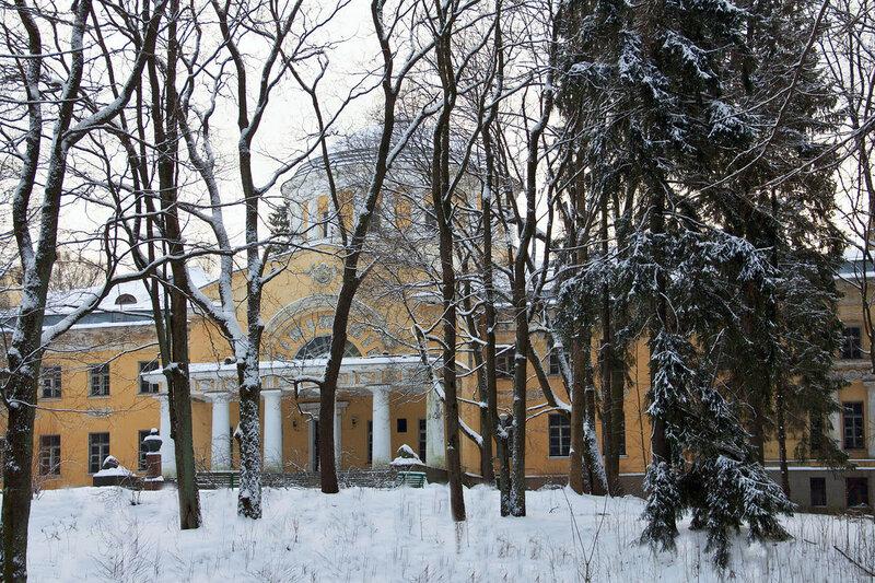 Усадьба Воронцовой-Дашковой в Шуваловском парке Санкт Петербург