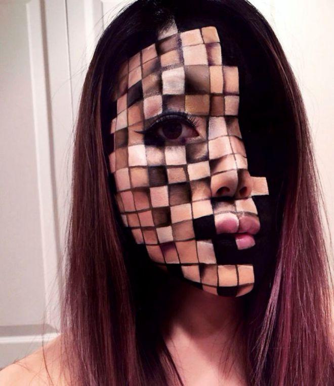 Визажист делает макияж в виде оптических иллюзий