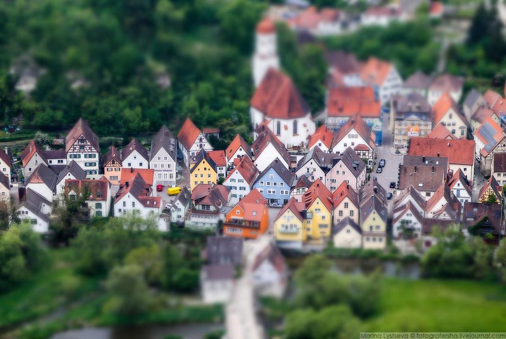 3. Построен Харбург был для укрепления торгового пути между Аугсбургом и Нюрнбергом.
