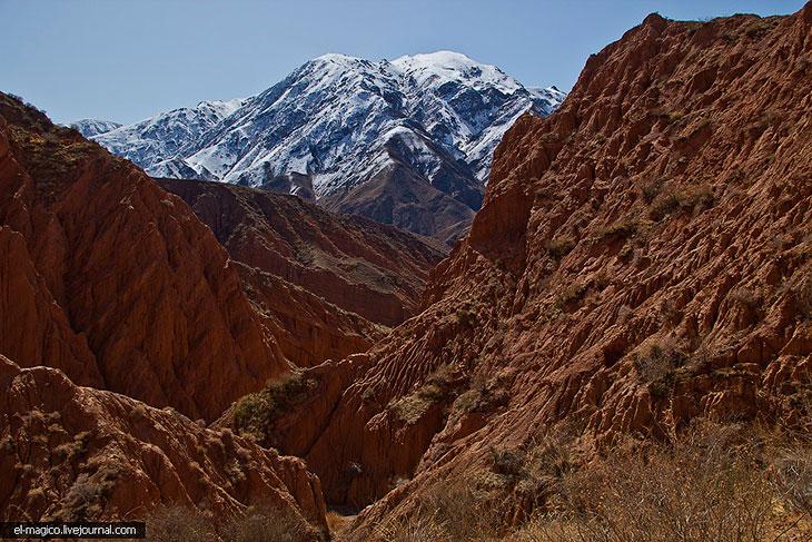 Фотографии Андрея Гаврикова   В интернете говорят что высота каньонов доходит до 400-500 метров