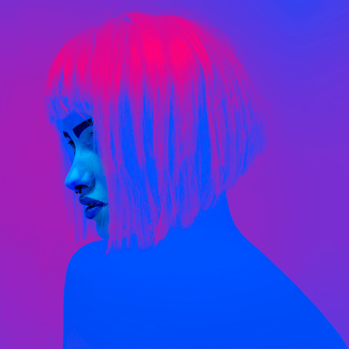 Neon Girls – The captivating and sensual photos of Local Preacher