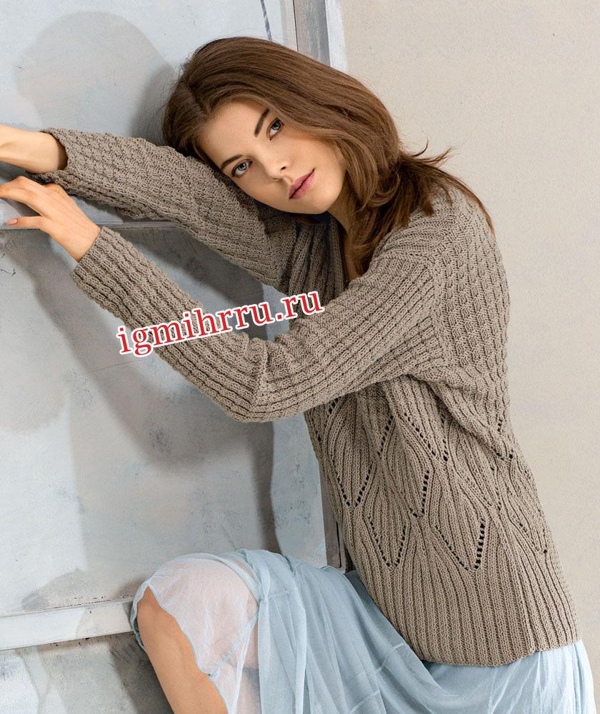 Комфортный серый пуловер с сочетанием узоров. Вязание спицами