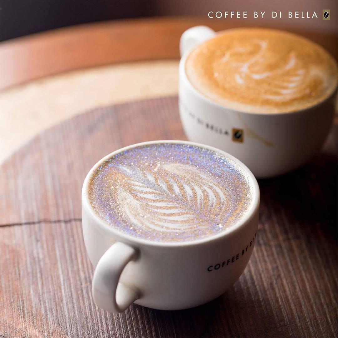 """""""Блестящий Капучино"""" — новый тренд в украшении кофейного напитка"""