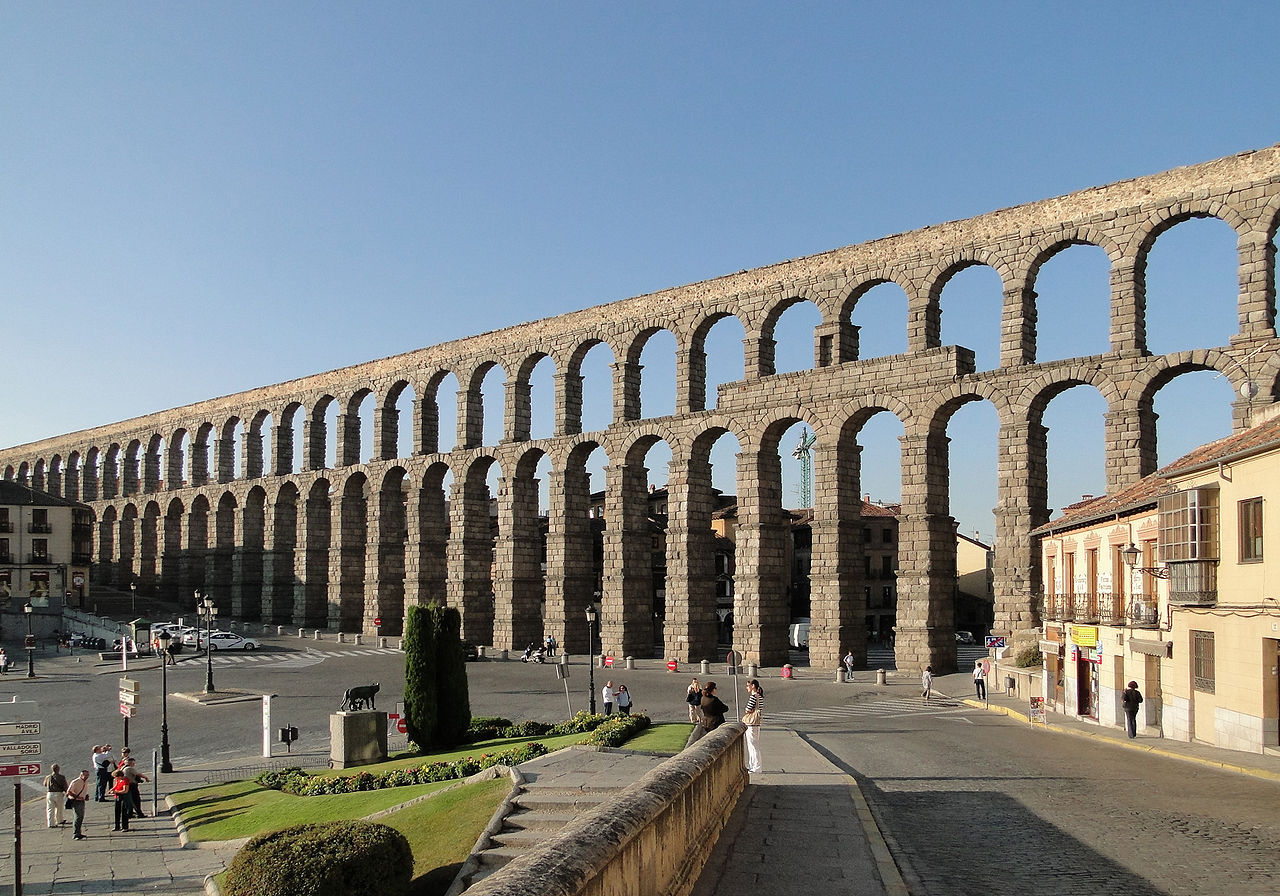 Как в наши дни вошел водопровод, сработанный еще рабами Рима...