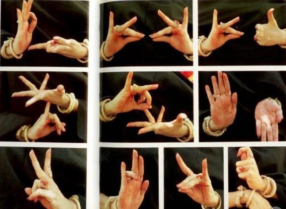 Международный день глухонемых. Жесты