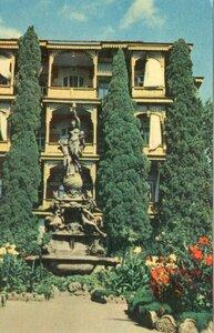 Гурзуф. Фонтан Нiч. Фото I. Кропивницького. 1968, 154 тыс.jpg