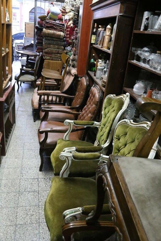 Istanbul, Beyoglu.  Antique shop on Tunaichubashi street (Turnacıbaşı Caddesi)