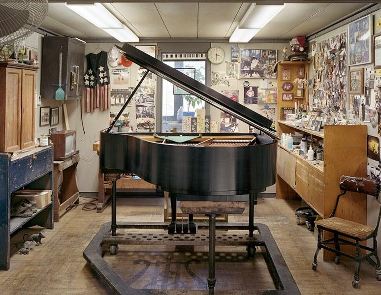 Около 97% концертных пианистов выбирают для своих выступлений пианино Steinway, для которых сущ