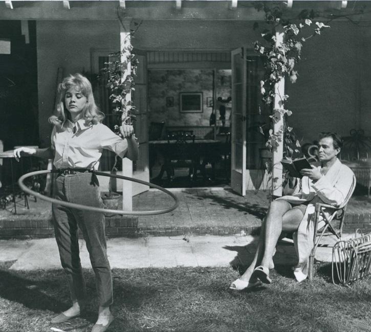 10. Американская актриса Сью Лайон в роли Лолиты. На момент съемок ей было 14 лет. Гумберта Гумберта